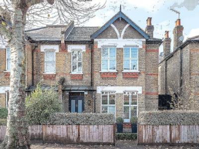 South Croxted Road, London SE21