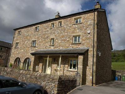 1 Lowther Court, Hutton Roof, Carnforth, Lancs, LA6