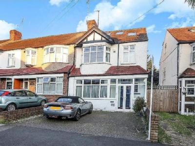 Meadow Close, Raynes Park, SW20