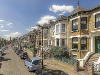 Thistlewaite Road, London, E5