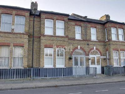 Bethell Avenue, Canning Town