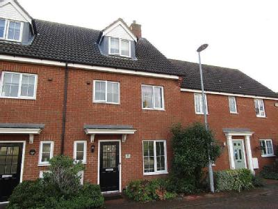 St. Johns Road, Arlesey, SG15