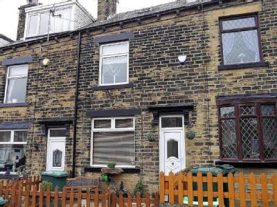 Poplar Avenue, Horton Bank Top, Bradford, Bd6