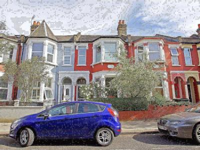 Frobisher Road, London N8 - Fireplace