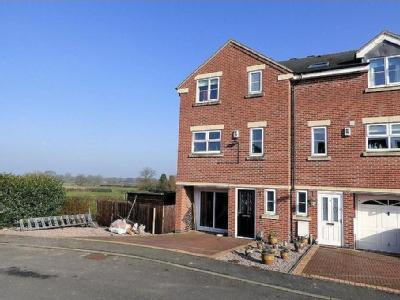 Pegg Court, Anslow - No Chain