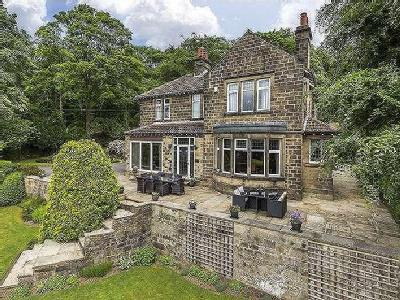 Parkside, Bingley, West Yorkshire, BD16