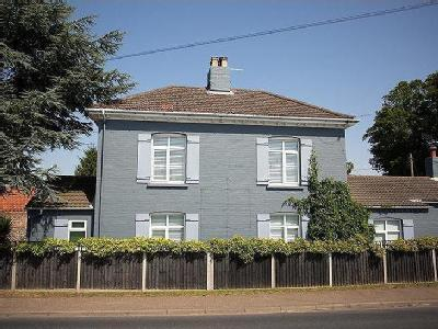 House for sale, Norwich Road - Garden