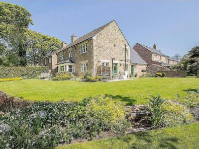 House for sale, Dairy Court - Garden