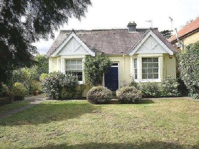 House for sale, Norwood Green