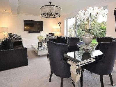 House for sale, Chester Road - Garden