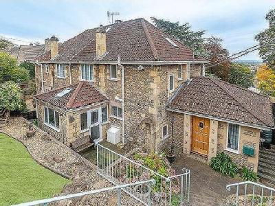 Flat for sale, Priory Park - Garden
