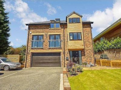 Flat for sale, Red Kite Way - Modern