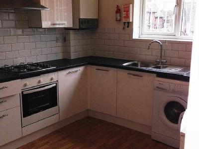 Flat to let, Copson Street