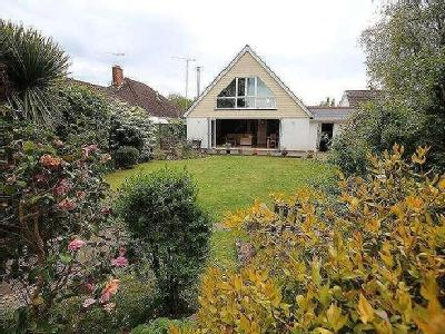 House for sale, Morant Road - Garden
