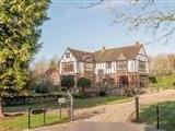House for sale, Chase Court - Garden