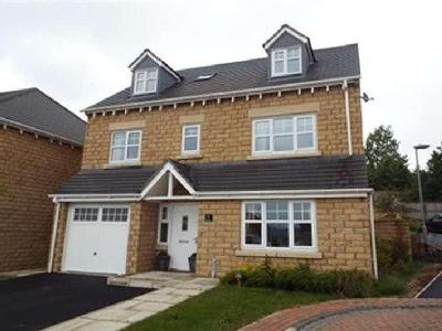 House to rent, Dearne Court - Modern