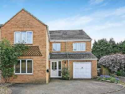 House for sale, Kirby Close - Garden