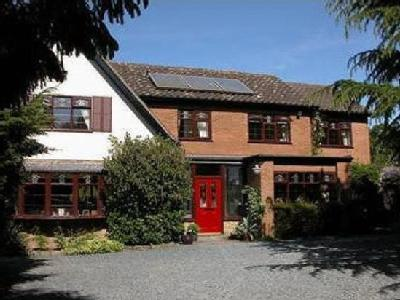House for sale, The Willows - Garden