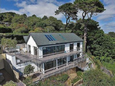 Upper Castle Road, St. Mawes, Truro TR