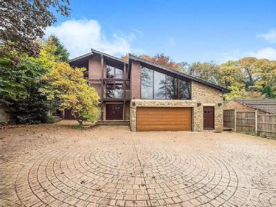 House for sale, Sefton Drive - Modern