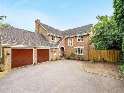 House for sale, Brackenhill - Garden