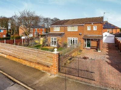 House for sale, Orchard Avenue