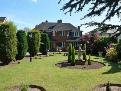House for sale, Weston Lane - Garden