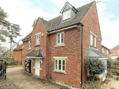 House for sale, Maurice Way - Garden