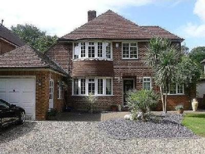 House to let, Langdown Lawn - Patio