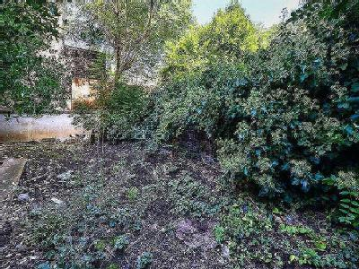 St Augustines Road - Freehold, Garden