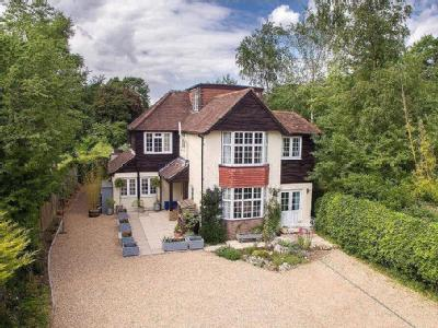 Langley Road, Chipperfield, Kings Langley, Hertfordshire, WD4