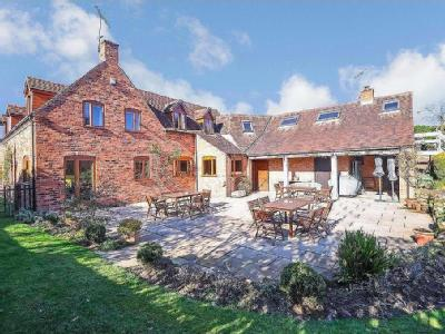 Property for sale, Hill Wootton