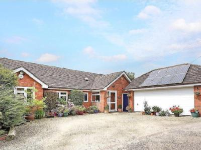 Worcester, Worcestershire - Bungalow