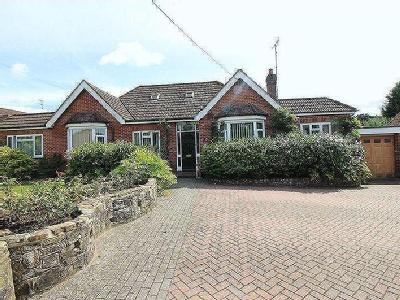 EXTREMELY LARGE AND IDEAL FAMILY HOME