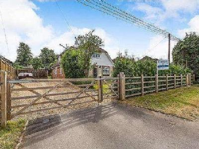 Potley Hill Road, Yateley, Hampshire, GU46