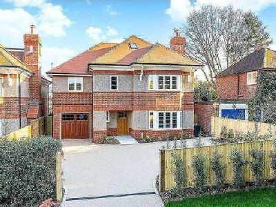 Vicarage Lane, Kings Langley, Hertfordshire, WD4