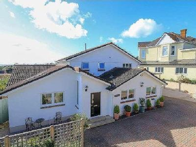 Higher Woodway Road, Teignmouth, TQ14