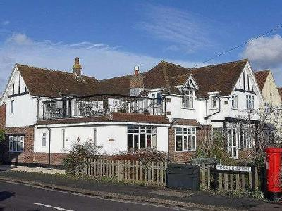 Portsmouth Road, Lee-on-the-solent, PO13