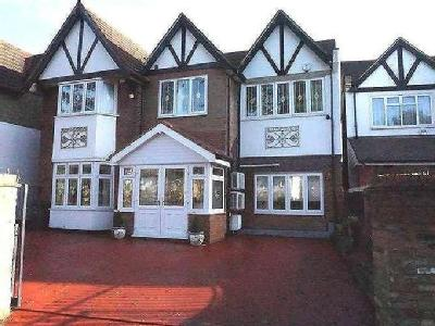 Jersey Road, Hounslow, TW5 - Detached
