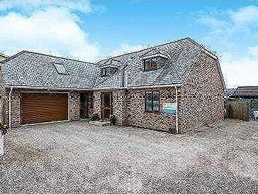 Pentire Road, Newquay, Cornwall, TR7