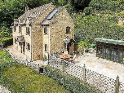 Seven Acres Road, Nailsworth, Stroud, Gloucestershire, GL6