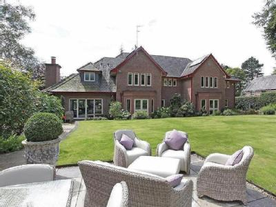 Bucklow View, Bowdon - Detached