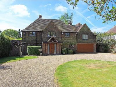 Hollymead Road, Chipstead - Detached