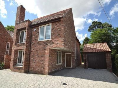 211 Rushmere Road Ipswich - Detached