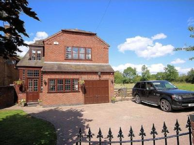 Spring Lane, Packington - Detached