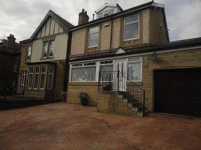 Track Road, Batley - Detached