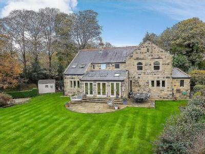 Cragg House, 4 Chevington Court, Rawdon, West Yorkshire, LS19