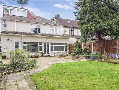 Parkway, Ilford, Essex - Detached