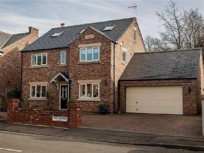 Piccadilly Road, Chesterfield, S41