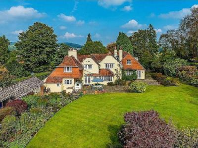 Hill Road, Haslemere - Detached